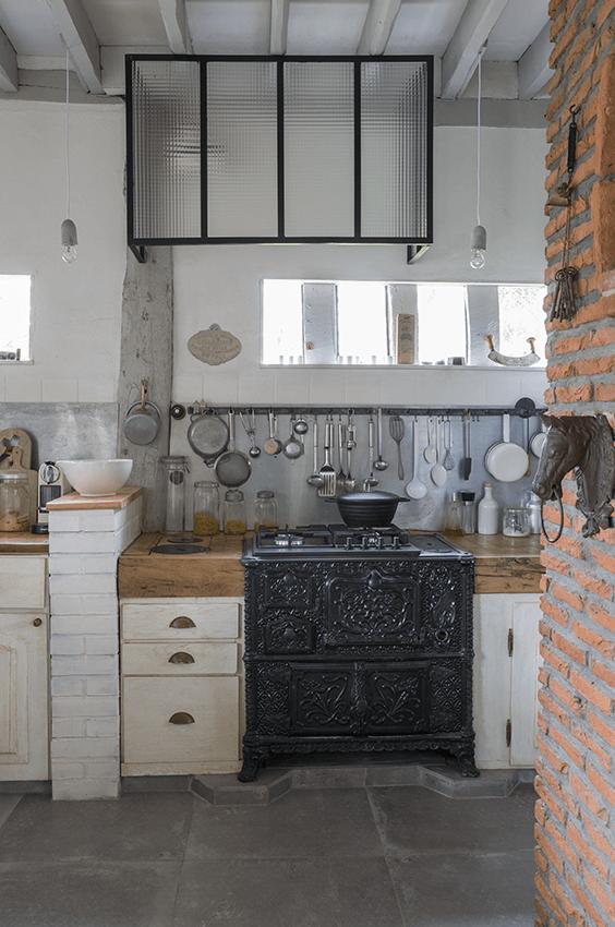 Cuisine maison normande, maison colombage