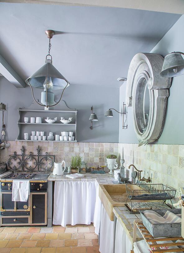cuisine maison de campagne à la décoration style gustavien