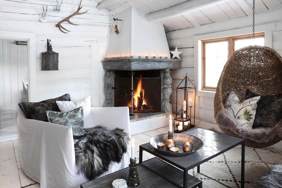 cheminée chalet cosy avec une déco bohème chic