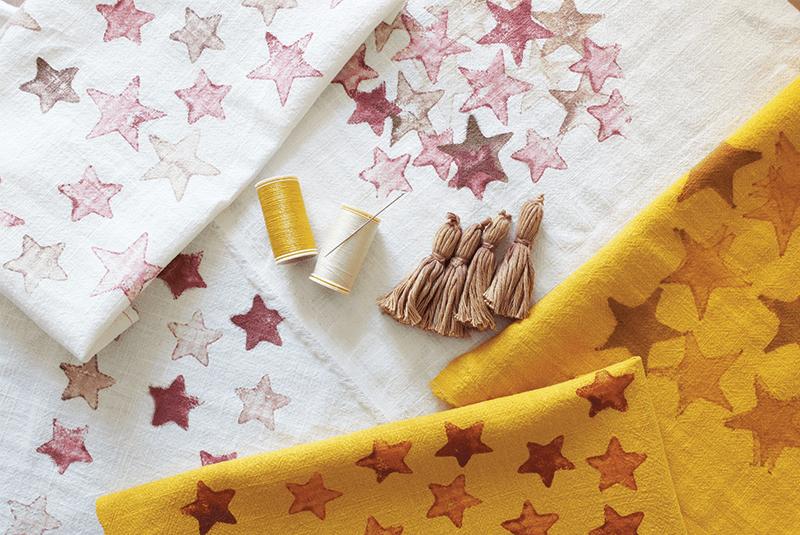 Tissus blanc et jaune pour la fabrication de housse de coussin