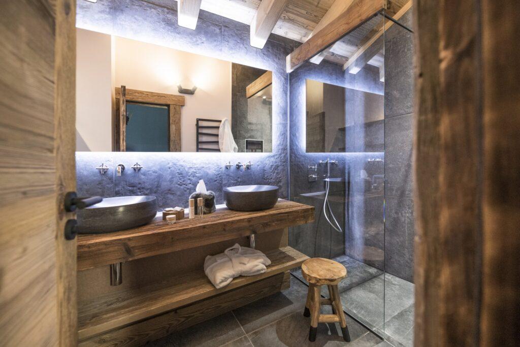 salle de bain chalet chic
