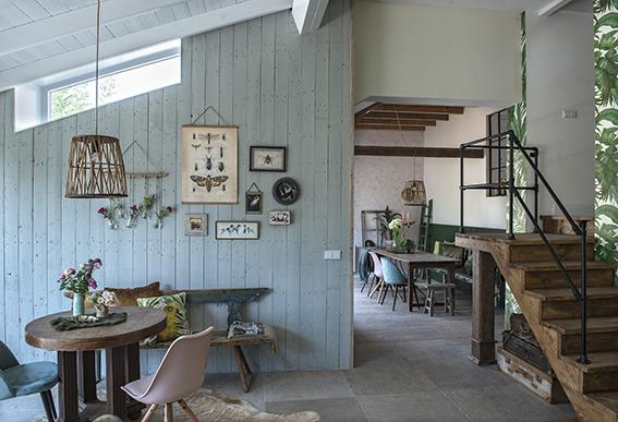 Maison au mélange de style ancien et moderne