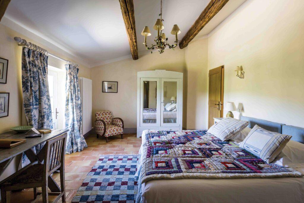 chambre au charme rustique