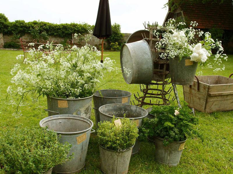 décoration zinc jardin