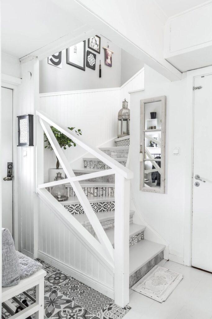 escalier blanc style scandinave